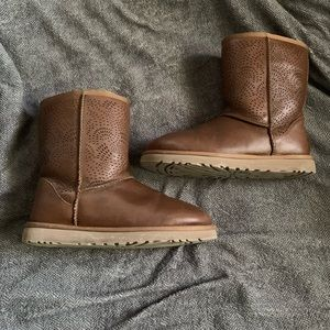 Ugg Triana boots